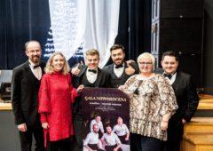 Zdjęcie: Jubileuszowa Gala Noworoczna z zespołem LeonVoci